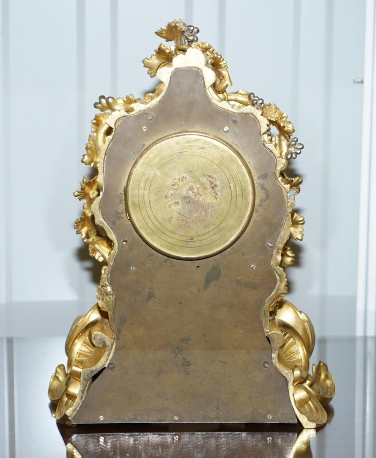 Stunning circa 1860 Gold Gilt Bronze French Mantle Clock Large Decorative Piece For Sale 4