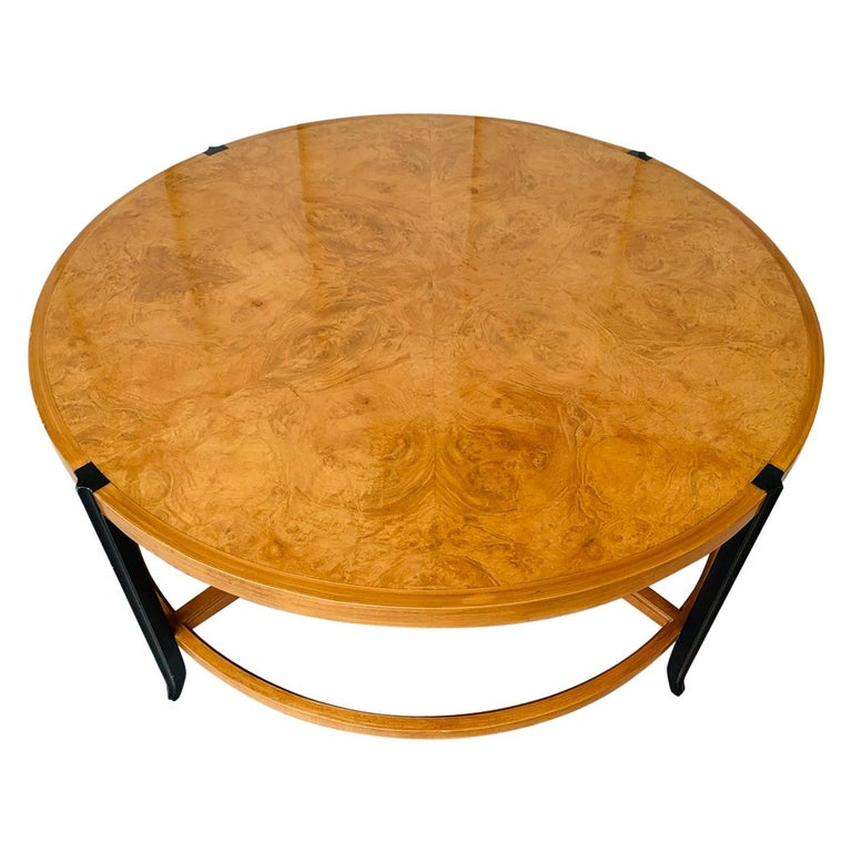 Stunning Coffee Table in Burl Wood and Lacquered Legs For Sale
