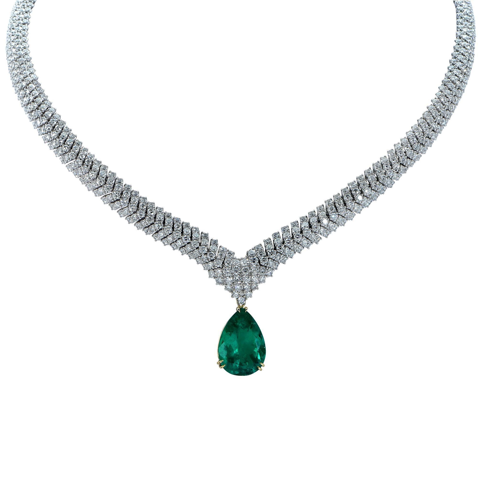 Vivid Diamonds Stunning Colombian Emerald and Diamond Necklace