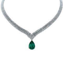 Vivid Diamonds Stunning Colombian Emerald and Diamond Necklace