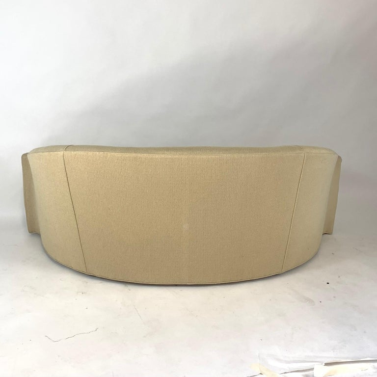 Stunning Curved Sculptural Swaim Sofa Settee in the Manner of Vladimir Kagan For Sale 5