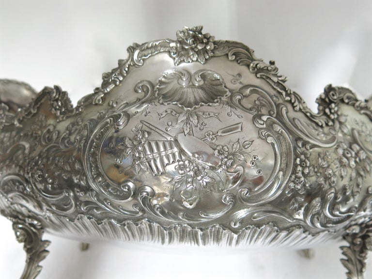 Stunning and Decorative, Large Oval Sterling Silver Antique French Centerpiece For Sale 4