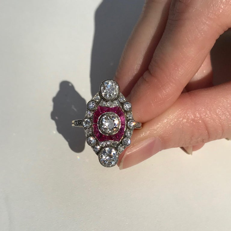 Stunning Edwardian Diamond and Ruby Engagement Ring, 1910s For Sale 5