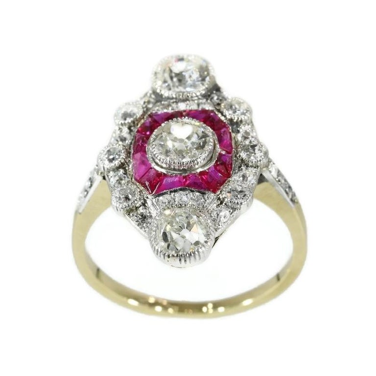 Round Cut Stunning Edwardian Diamond and Ruby Engagement Ring, 1910s For Sale