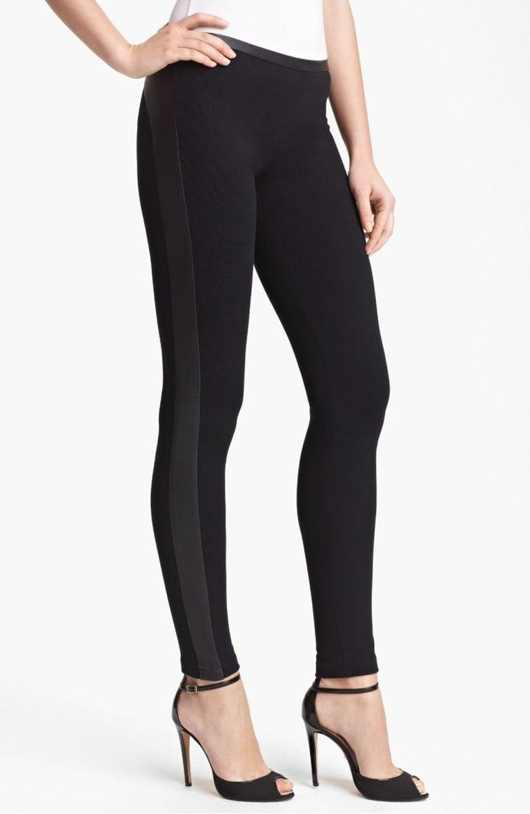 Stunning Emilio Pucci Black Stretch Leggings Pants with Leather Trimming For Sale 1
