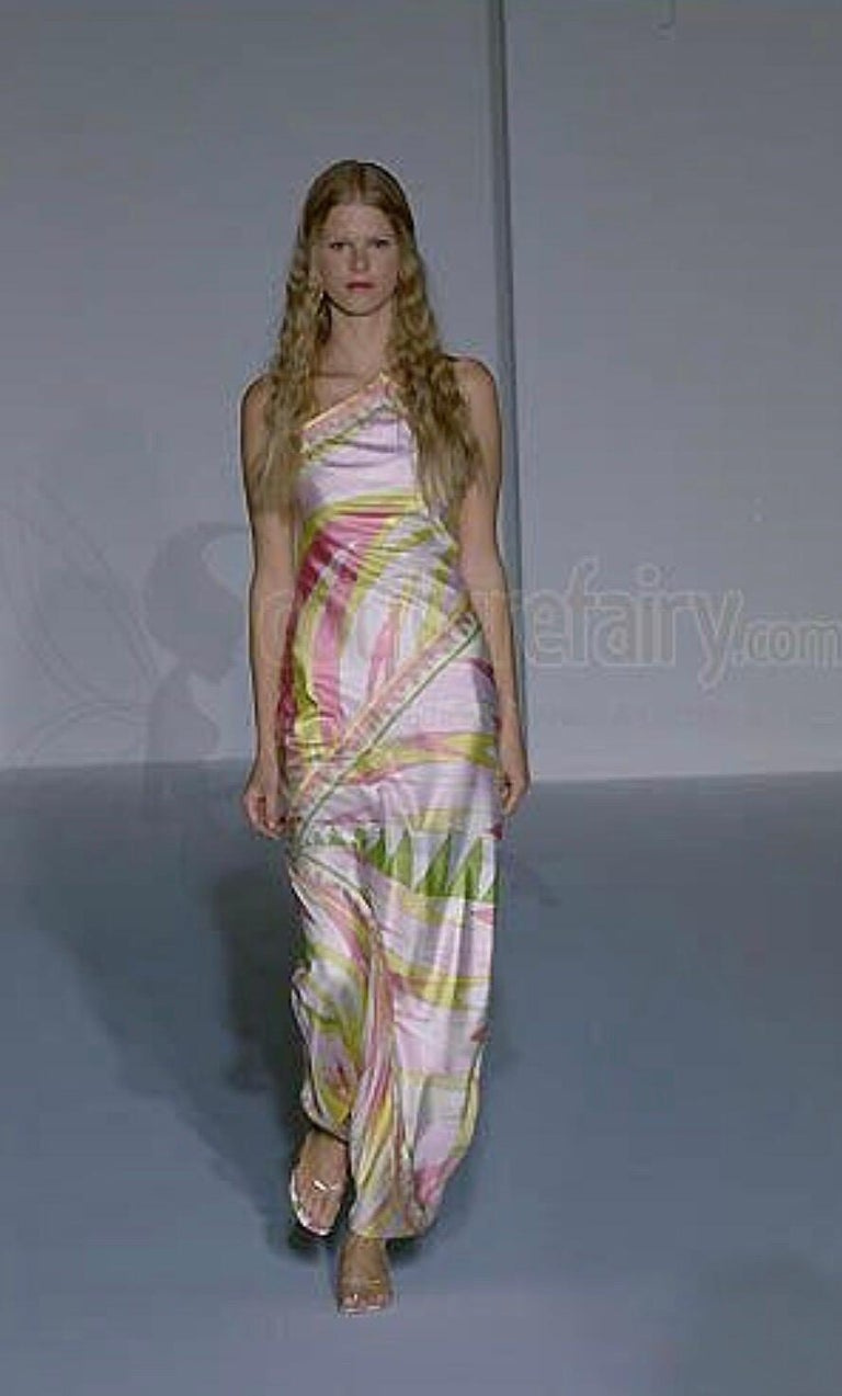 Emilio Pucci Signature Print Neckholder Open Back Evening Maxi Dress Gown In Good Condition For Sale In Switzerland, CH