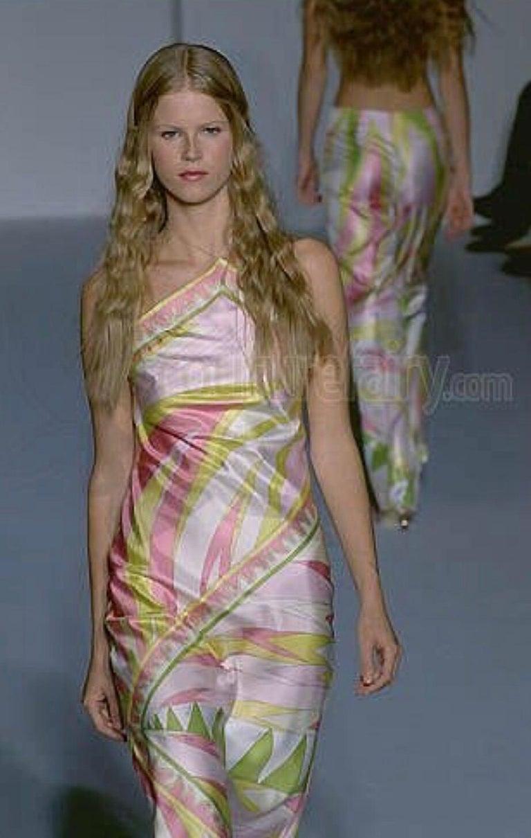 Women's Stunning Emilio Pucci Signature Print Maxi Neckholder Open Back Evening Dress For Sale