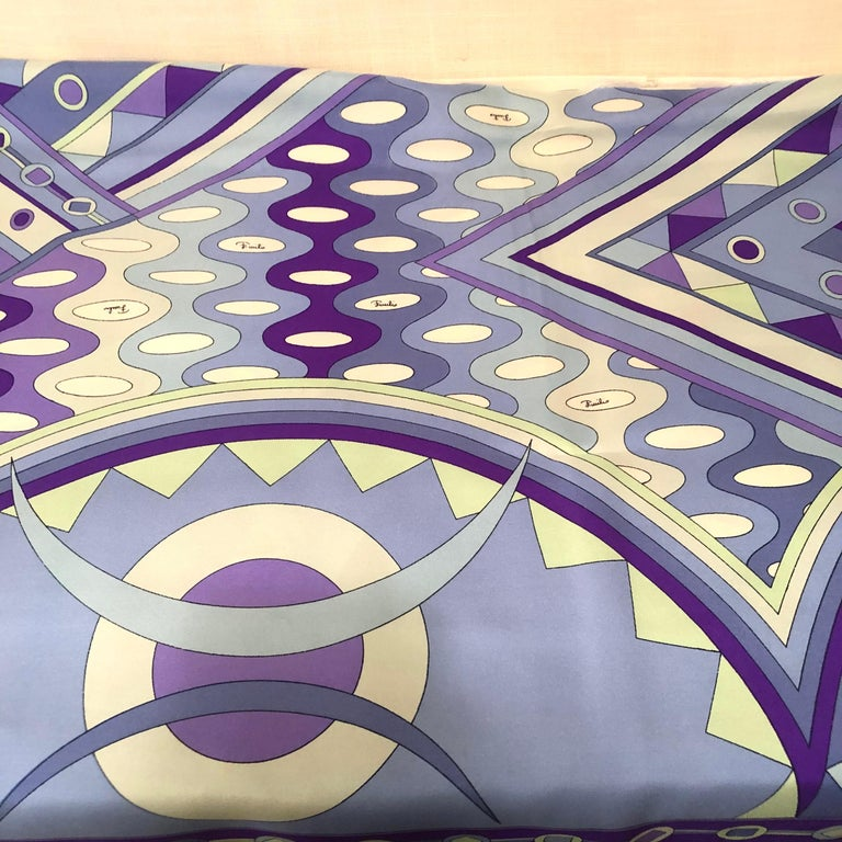 Stunning Emilio Pucci Silk Scarf with Geometric Pattern in Blues and Purples 11