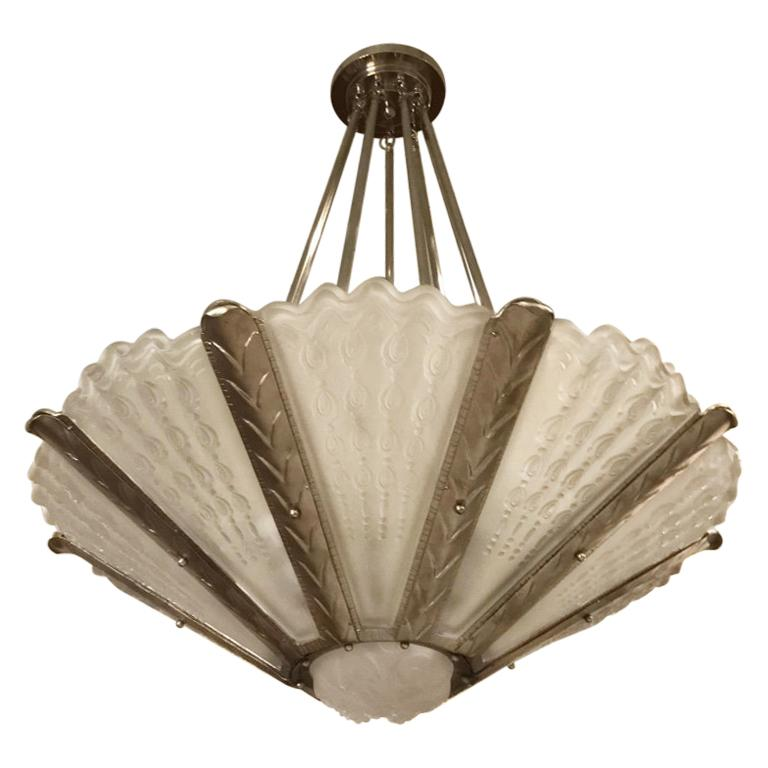 Stunning French Art Deco Chandelier by Gênet et Michon