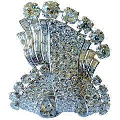 Stunning french Diamond 1950 Clip Brooch in Platinum