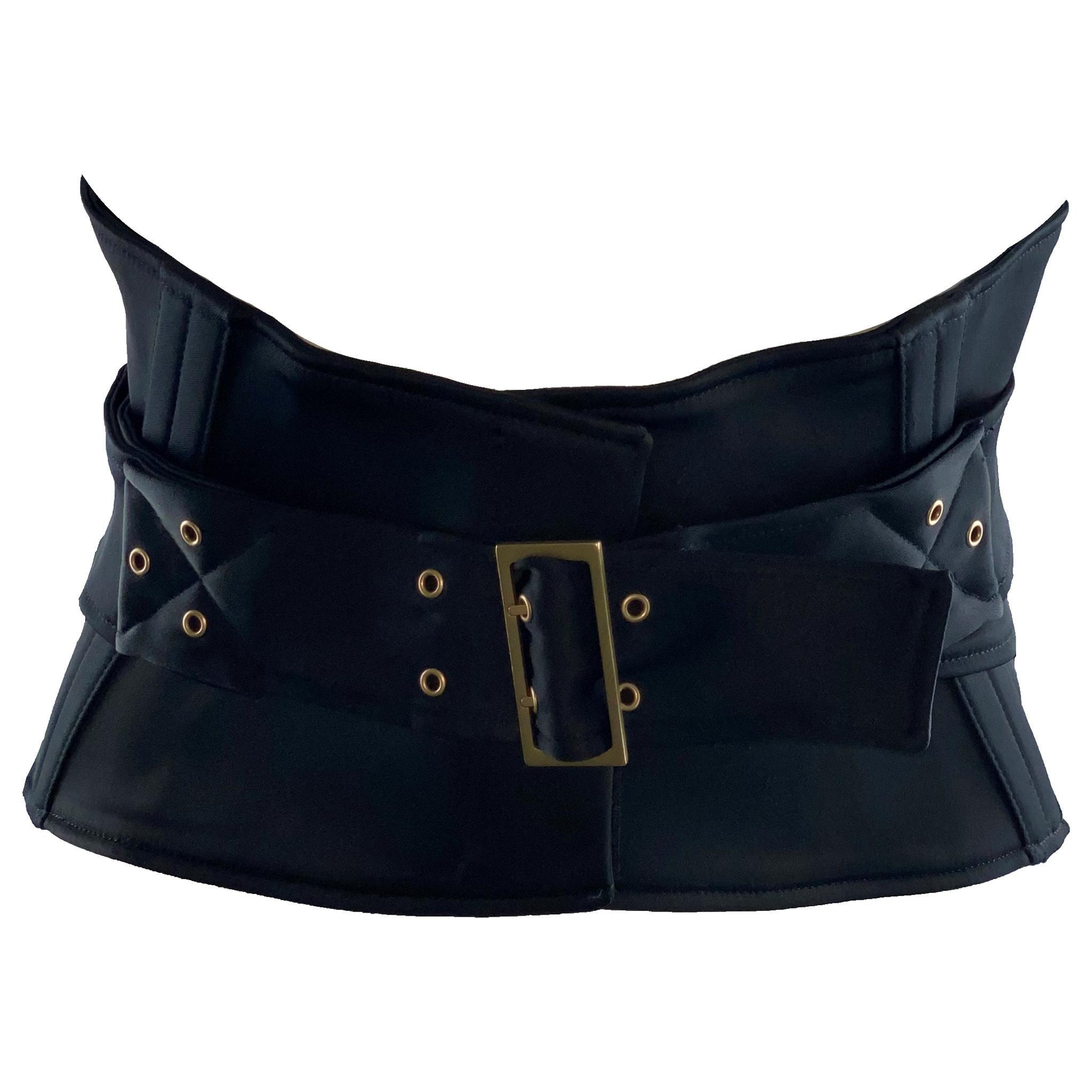 Stunning Gucci by Tom Ford 2003 Black Waist Corset Belt