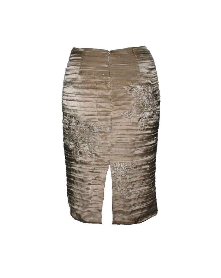 Stunning silk skirt by Tom Ford for Gucci From his famous SS 2003 collection Beautiful fringed, layered silk Like demi-couture, all hand-stitched and embroidered Stunning piece Made in Italy Dry Clean Only Size 38  Gucci Care Advise:
