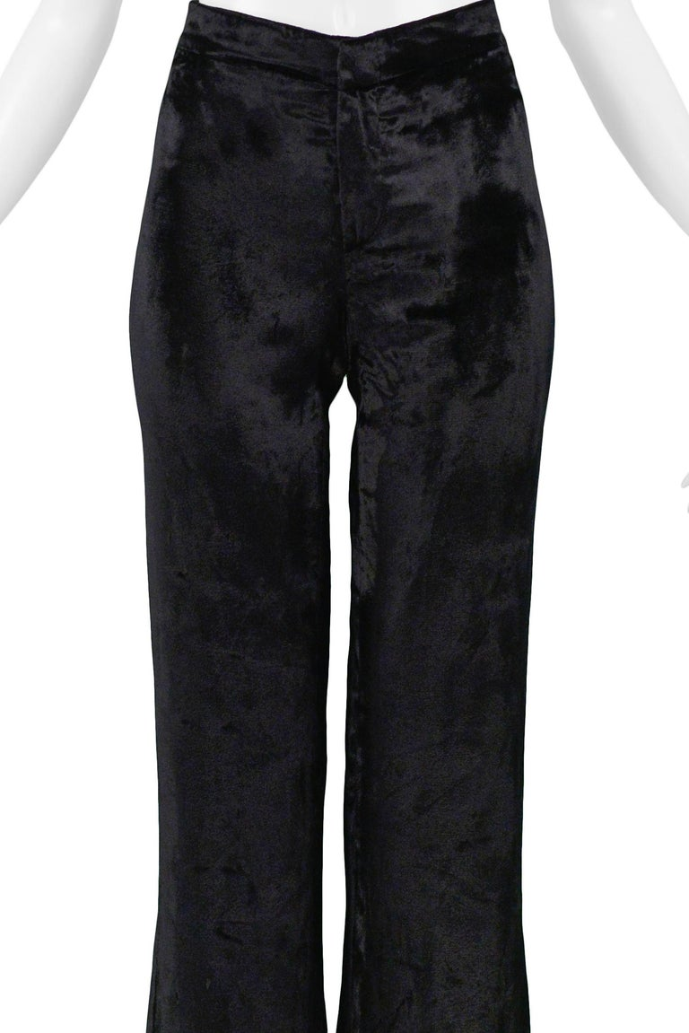 Stunning Gucci by Tom Ford Black Velvet Flare Pants In Excellent Condition For Sale In Los Angeles, CA
