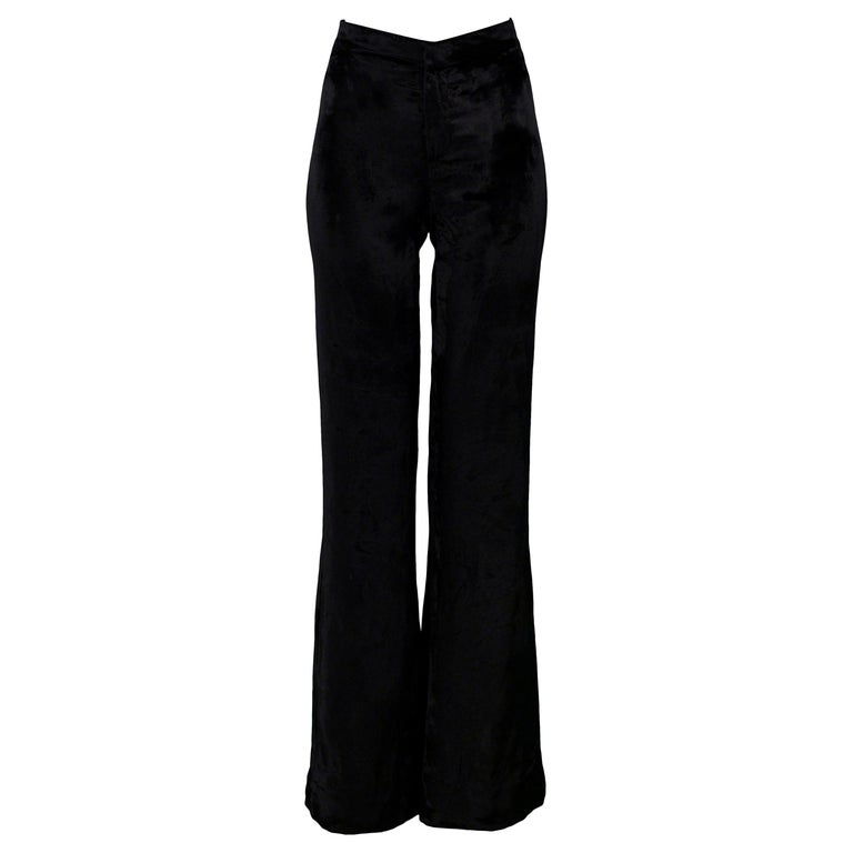 Stunning Gucci by Tom Ford Black Velvet Flare Pants For Sale