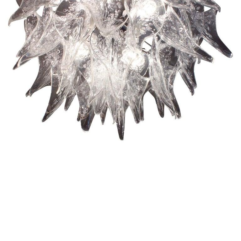 Italian Stunning Hand Blown Chandelier in Pulegoso Glass 1970s For Sale