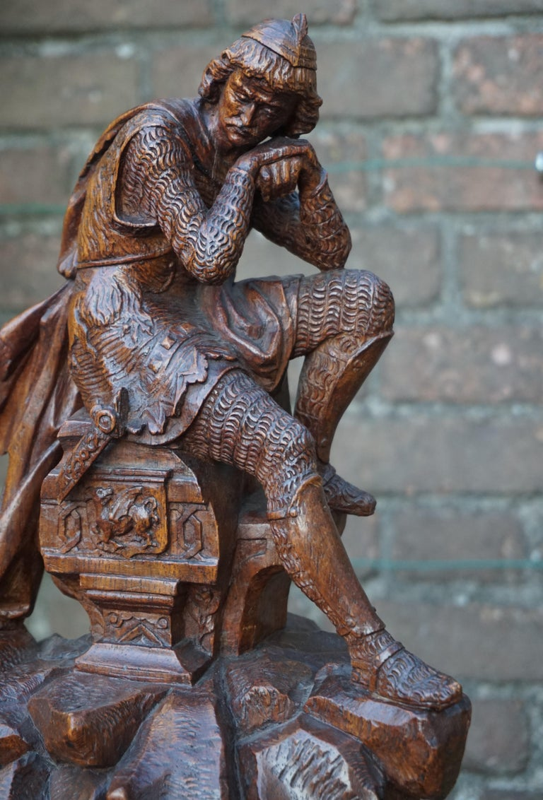 Stunning Hand Carved Early 20th Century Wooden Knight Sculpture by E. Moens For Sale 9