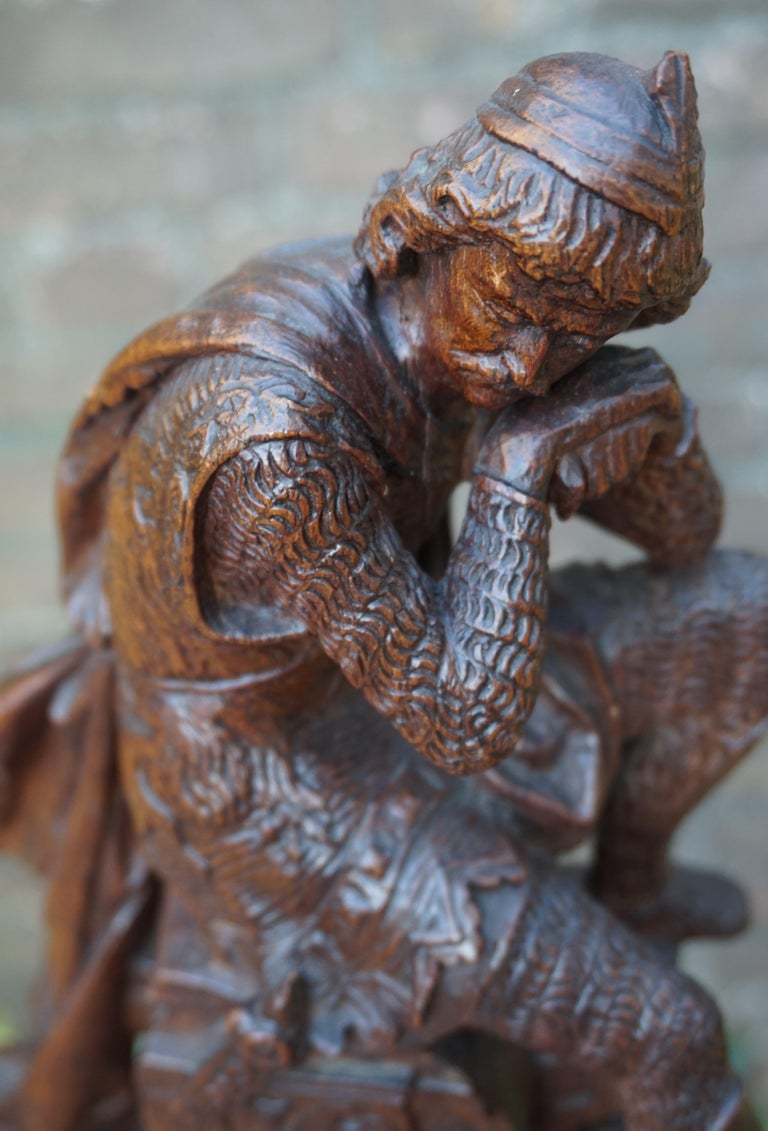 Stunning Hand Carved Early 20th Century Wooden Knight Sculpture by E. Moens For Sale 11