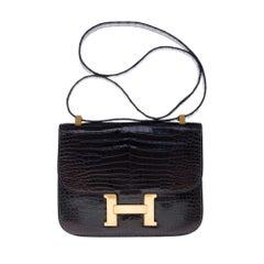 Stunning Hermès Constance shoulder bag in brown crocodile and gold hardware