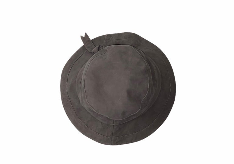"""HERMES Paris Leather Hat Made of finest, soft lambskin leather Fully lined, fabric stamped with """"HERMES"""" Size 57 Excellent condition Made in France Dry clean only"""