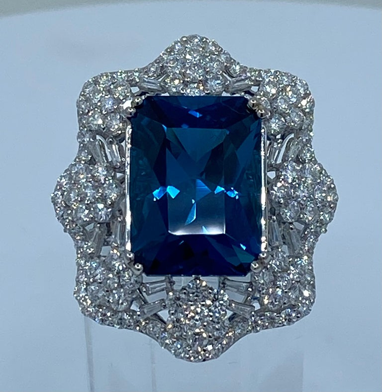 Stunning Huge 23.71 Carat London Blue Topaz and Diamond 18 Karat Cocktail Ring For Sale 7