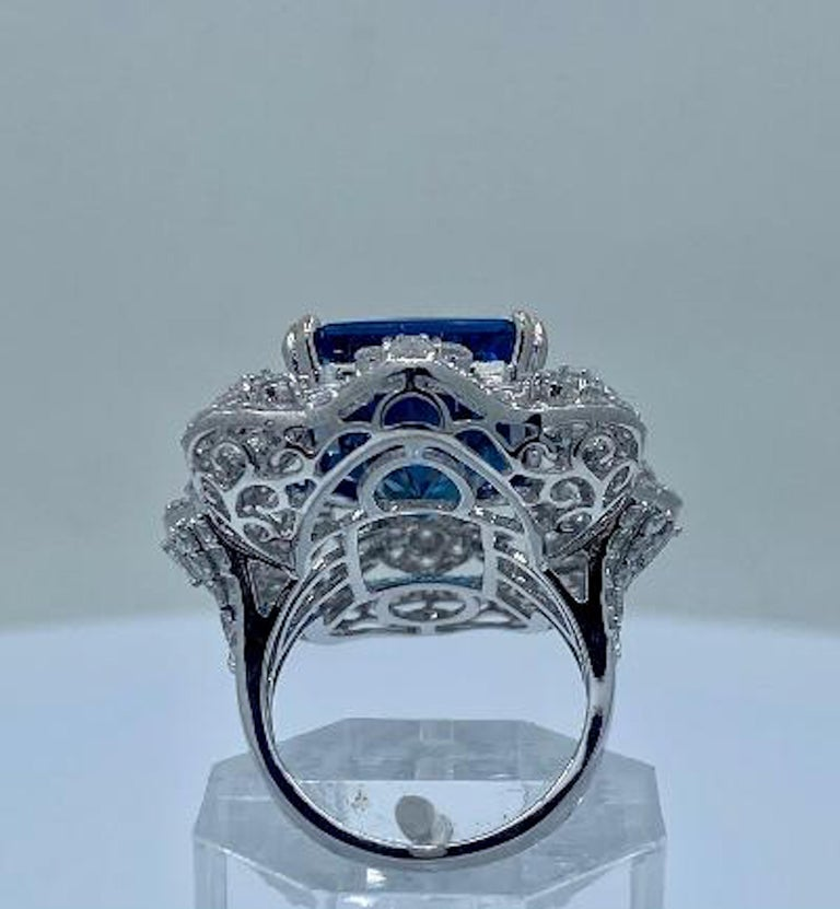 Stunning Huge 23.71 Carat London Blue Topaz and Diamond 18 Karat Cocktail Ring For Sale 3