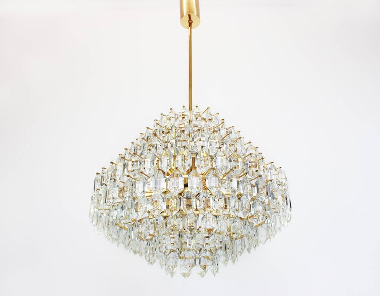 Mid-Century Modern Stunning Huge Bakalowits Chandelier, Brass and Crystal Glass, Austria, 1960s For Sale