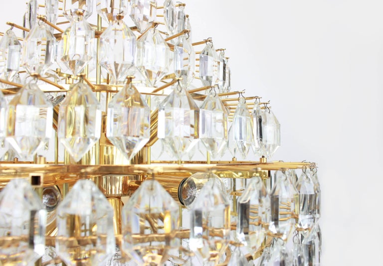 Stunning Huge Bakalowits Chandelier, Brass and Crystal Glass, Austria, 1960s For Sale 1