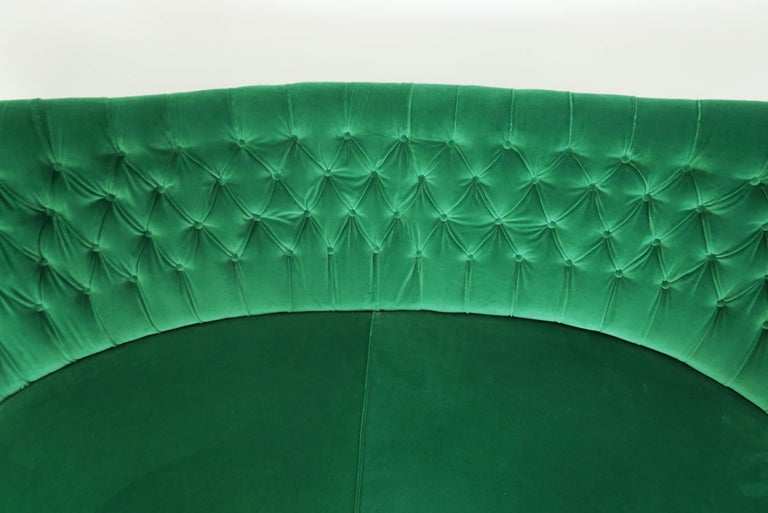 Mid-20th Century Italian Design 1950 Cozy Curved Sofa New Covered with Dedar Green Velvet