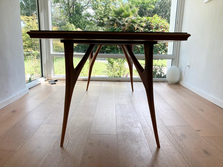 Stunning Italian Dining Table, 1950s For Sale 3