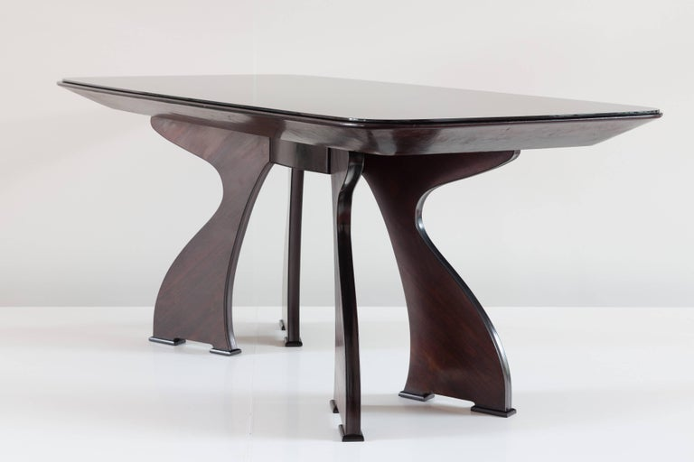 Stunning Italian Modern Rosewood and Black Opaline Glass Dining Table, 1940 For Sale 1