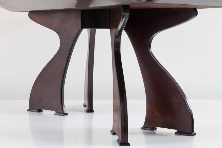 Stunning Italian Modern Rosewood and Black Opaline Glass Dining Table, 1940 For Sale 4