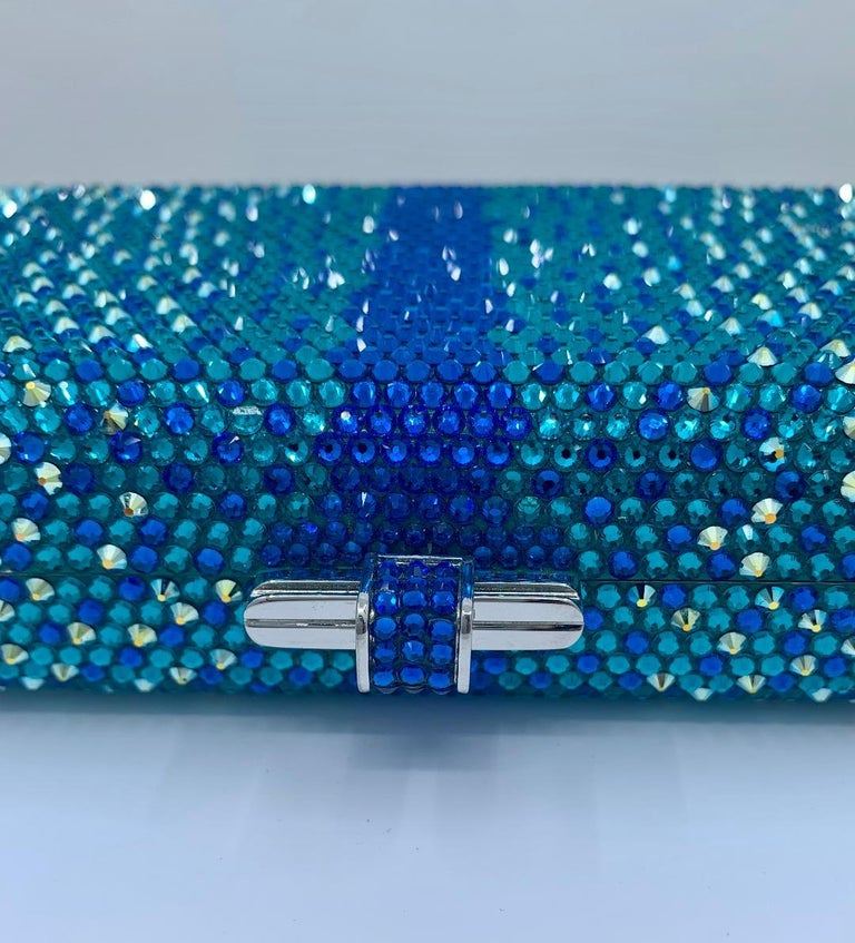 Stunning Judith Leiber Peacock Blue Shimmering Crystal Minaudiere Evening Bag In Good Condition For Sale In Tustin, CA