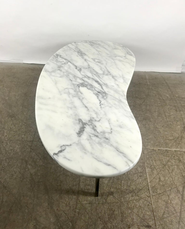 Italian Marble Coffee Or Cocktail Table For Sale At 1stdibs: Stunning Kidney Shape Italian Marble And Brass Coffee Or