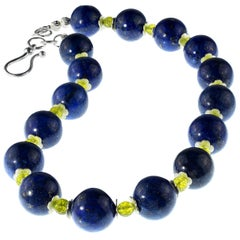Gemjunky Stunning Lapis Lazuli Necklace with Peridot Accents