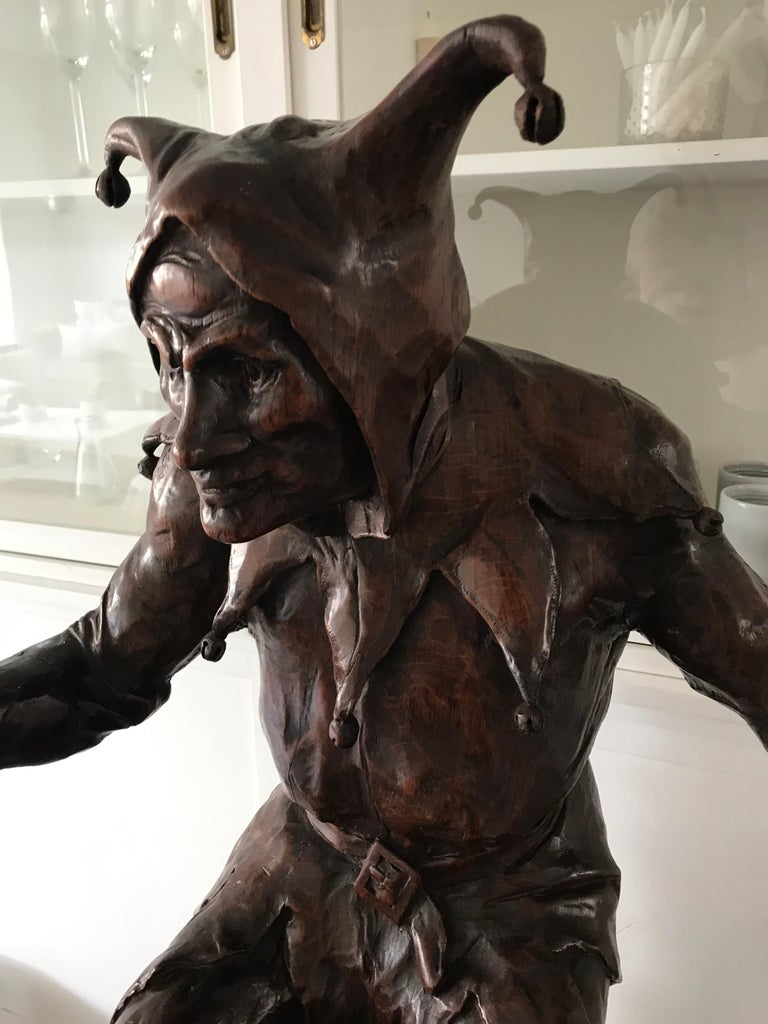 Stunning, Large and Hand Carved Renaissance Revival Court Jester Sculpture For Sale 12
