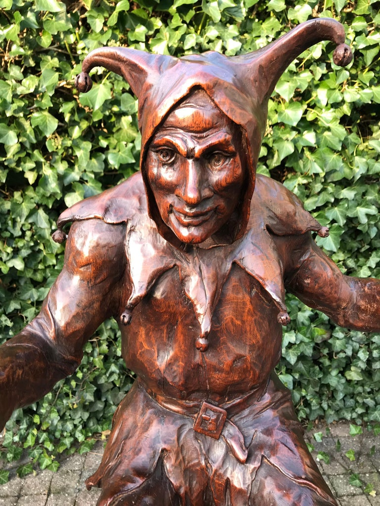 Hand-Carved Stunning, Large and Hand Carved Renaissance Revival Court Jester Sculpture For Sale