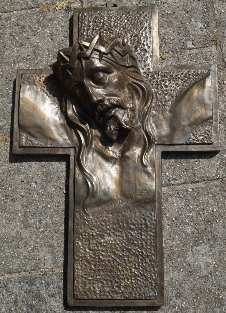 Stunning, Large & Handcrafted Bronze Art Deco Crucifix with Christ Suffering For Sale 2