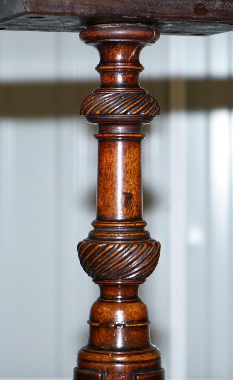 British Stunning Late Georgian / Early Victorian Mahogany Tripod Table Solid Mahogany For Sale