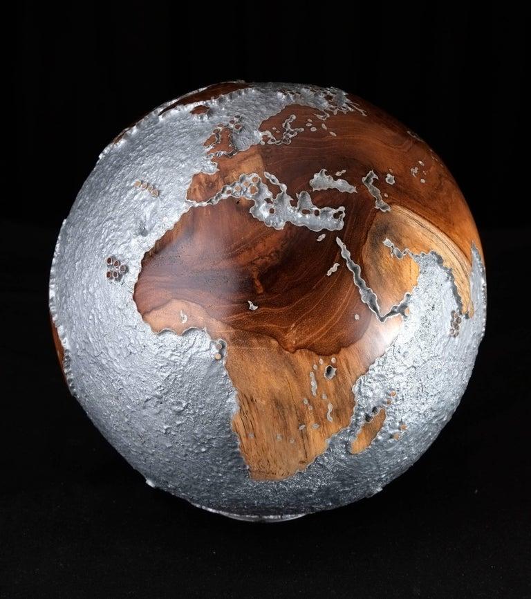 Organic Modern Contemporary HB Globe in Teak Root with Aluminium Finish, 20cm For Sale