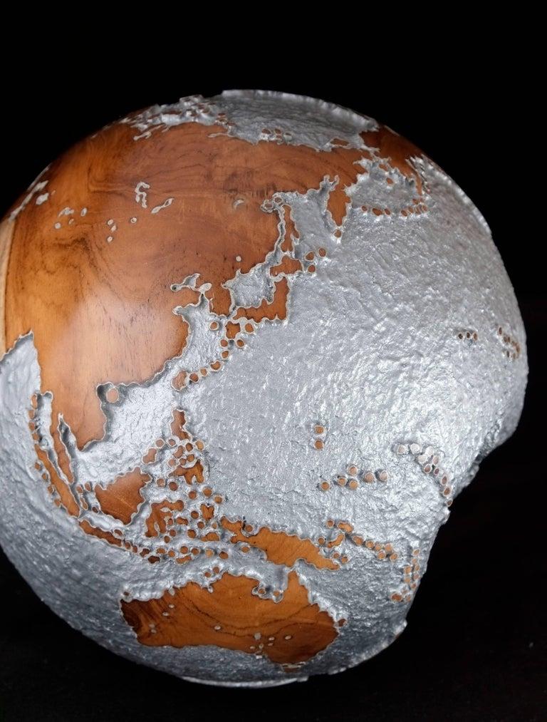Contemporary HB Globe in Teak Root with Aluminium Finish, 20cm For Sale 1