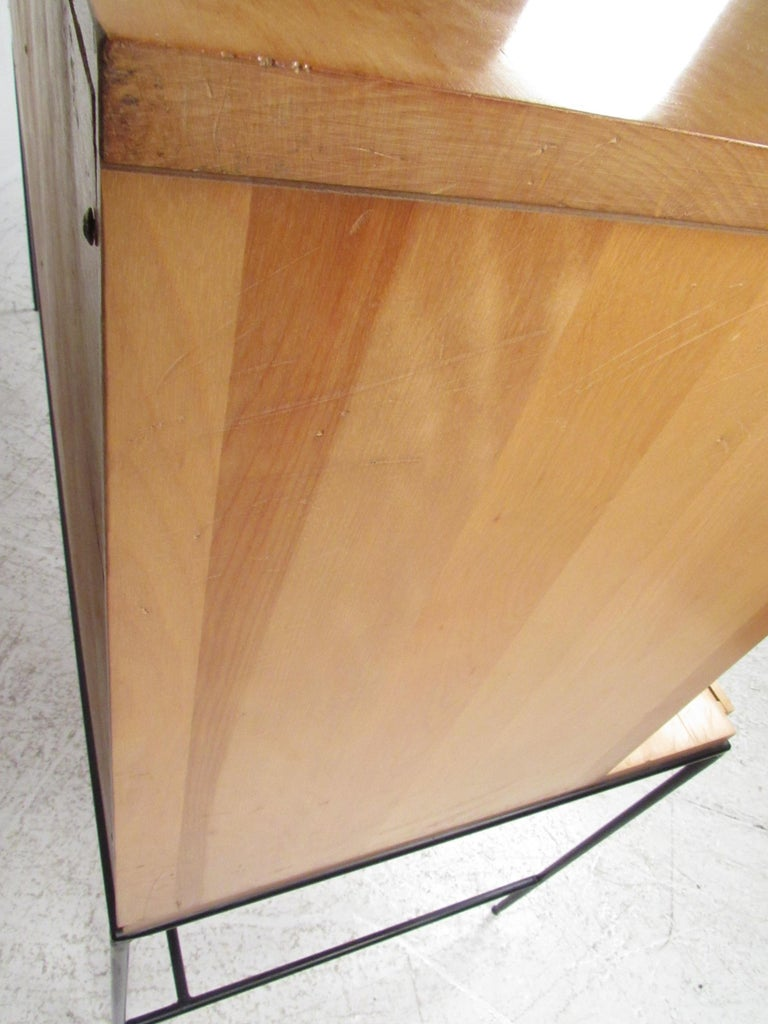 Stunning Midcentury Paul McCobb Planner Group Two-Piece Desk For Sale 6