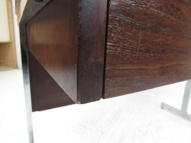 Stunning Midcentury Rosewood Lane Compartment Desk For Sale 7