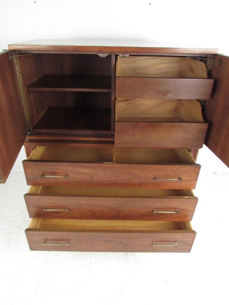 Late 20th Century Stunning Midcentury Kent Coffey Perspecta Bedroom Set For Sale