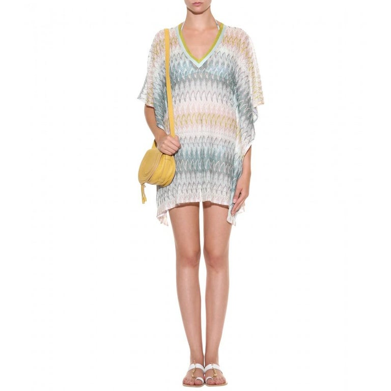 Stunning Missoni Signature Chevron Crochet Knit Kaftan Tunic Cover Up Dress In New Condition For Sale In Switzerland, CH