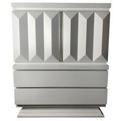 Stunning Modernist White Lacquered Chest, Sculpted Diamond Pillar Design
