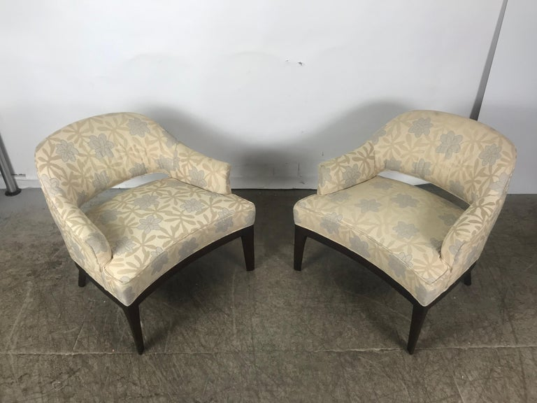 Pair of Lounge Chairs, Original Modernist Fabric  In Good Condition For Sale In Buffalo, NY