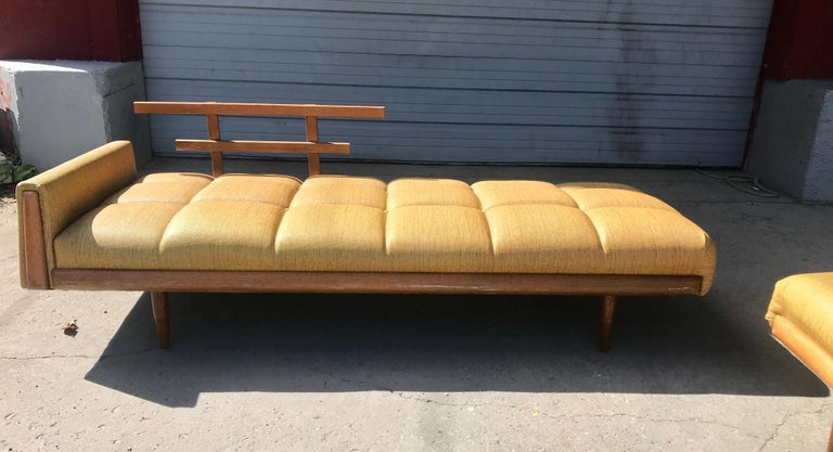 American  Modernist Button Tufted Daybed Attributed to Adrian Pearsall For Sale