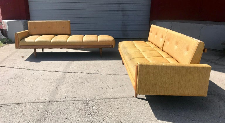 Mid-20th Century  Modernist Button Tufted Daybed Attributed to Adrian Pearsall For Sale