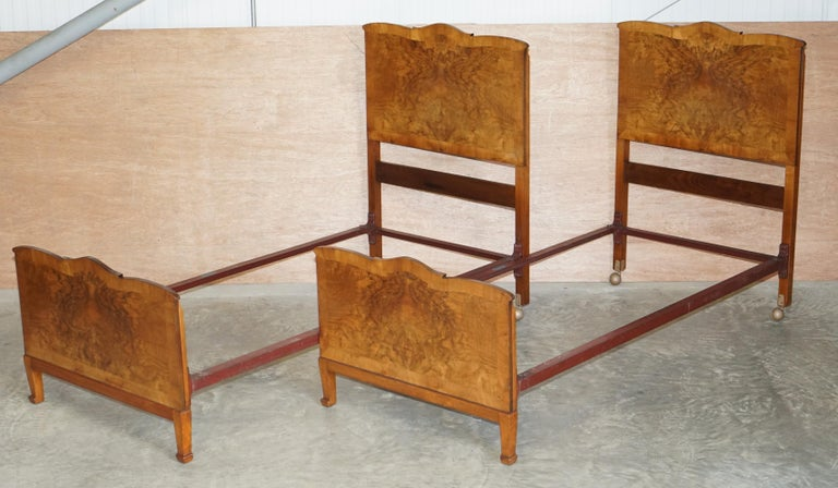 Stunning Pair of Burr & Burl Walnut circa 1940's Single Beds with Silk Bases For Sale 2