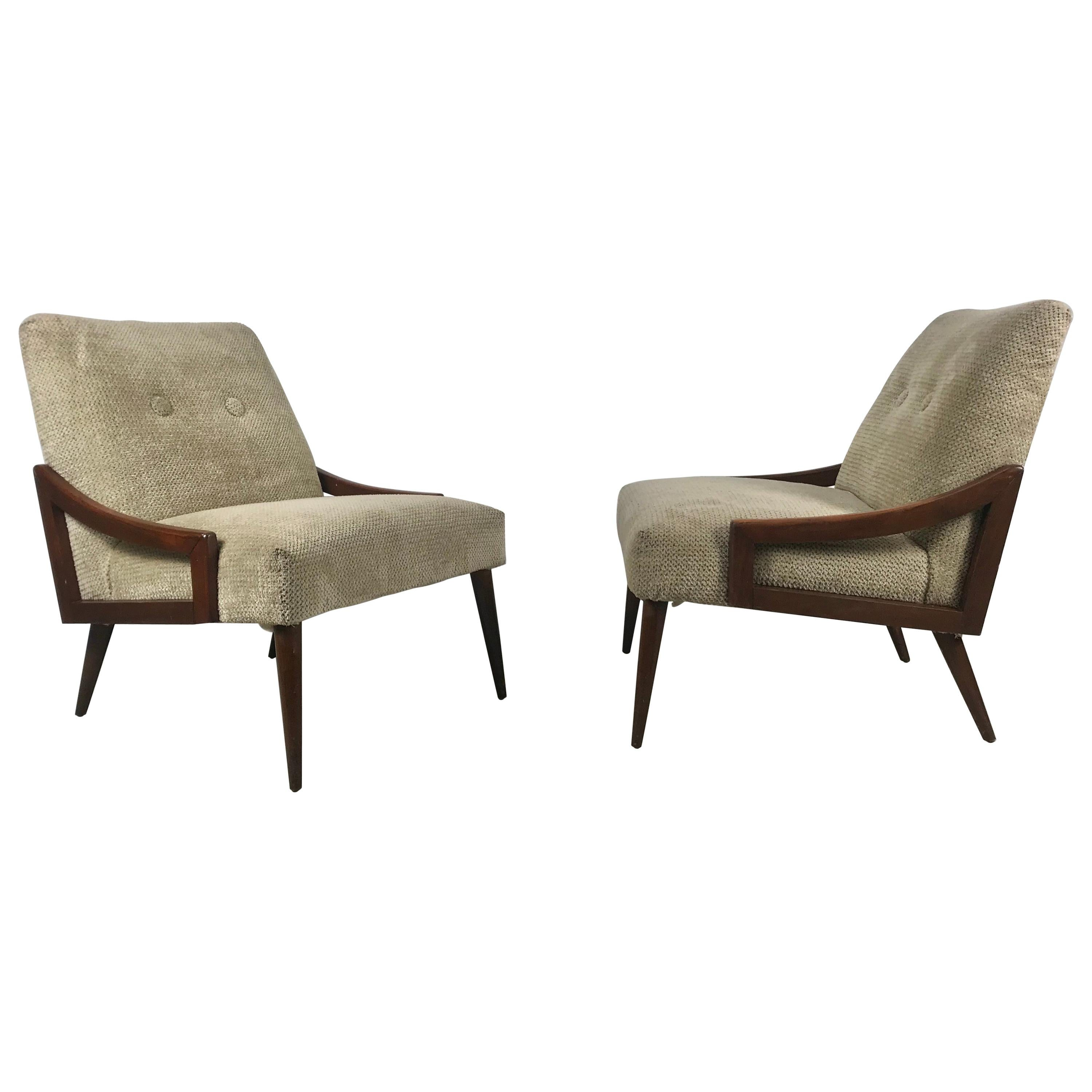 Stunning Pair of Italian Modernist Lounge Chairs after Gio Ponti